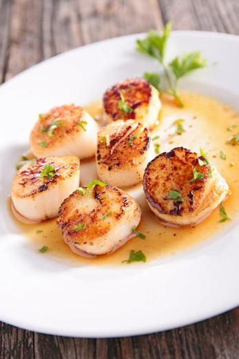 Seared Scallops with Pan Sauce